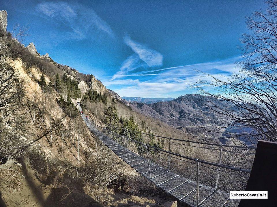 Ponte Tibetano a Valli di Pasubio (VI)